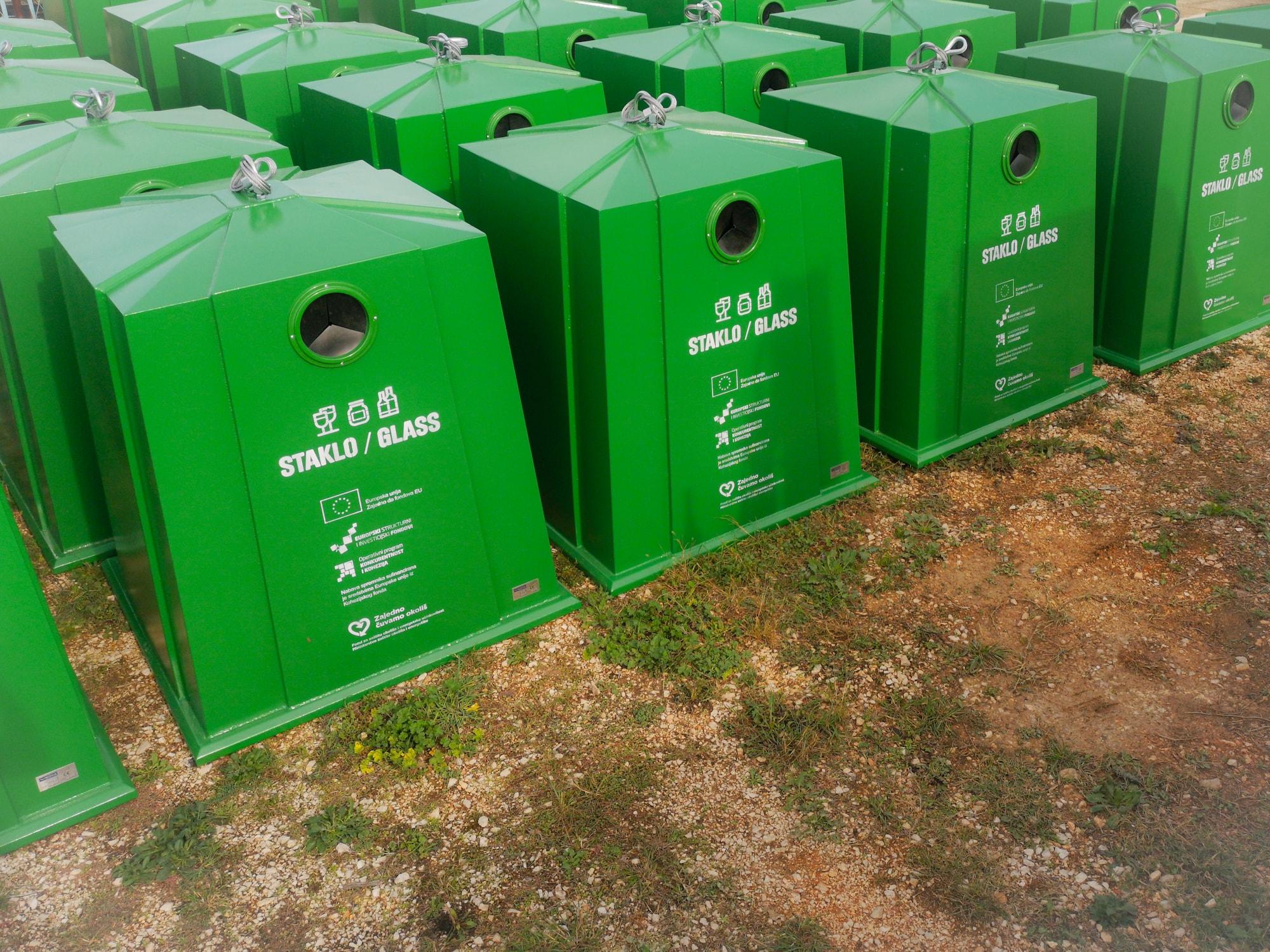 Izvršena isporuka spremnika za odvojeno prikupljanje otpada – Grupa 4